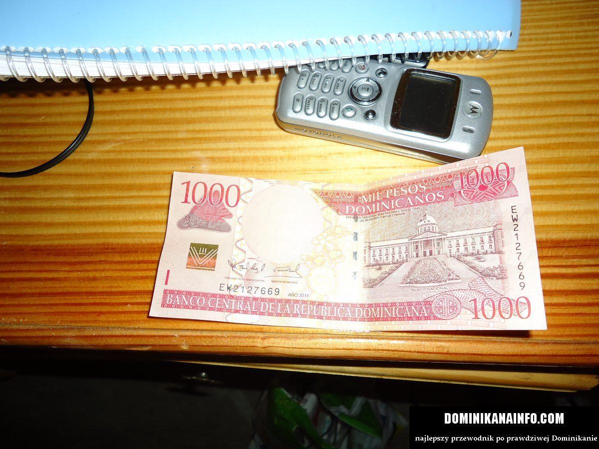 1000 pesos dominicanos