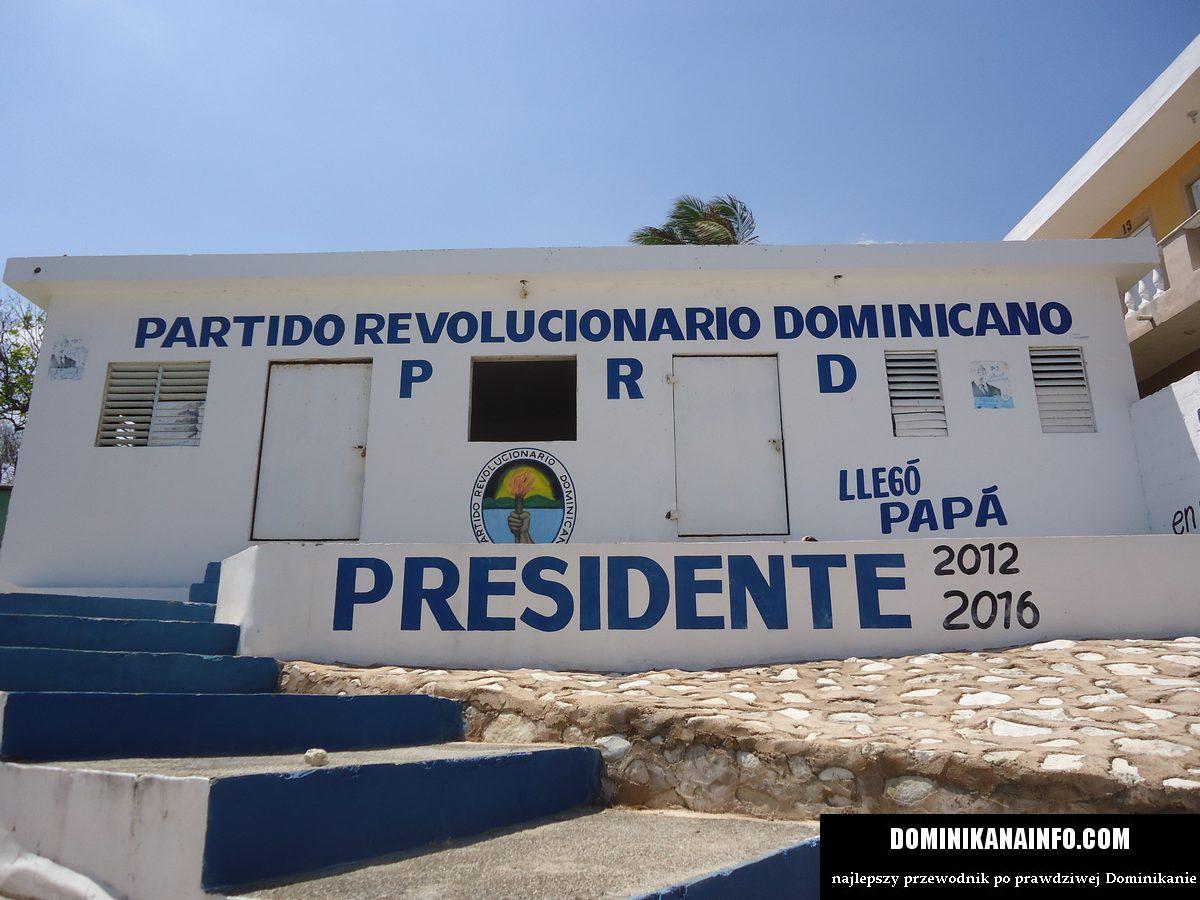 Dominikana polityka presidente