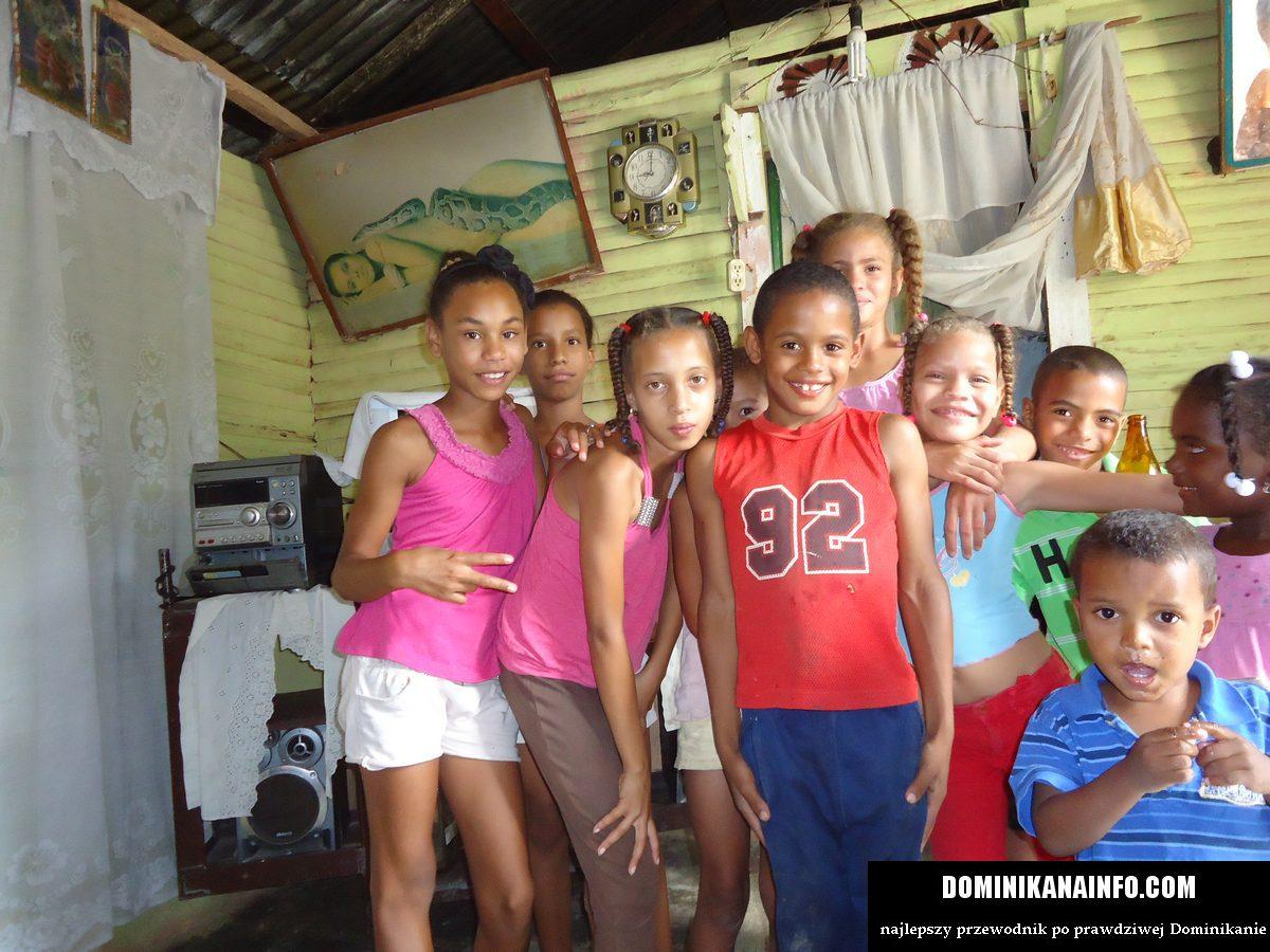 Dominikańskie dzieciaki ;-)